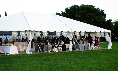 Outdoor weddings in the summer